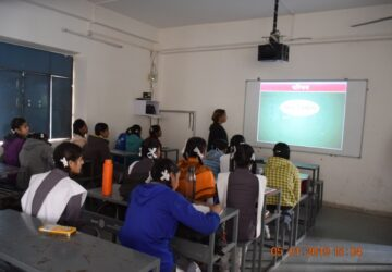 School with Smart Classroom_1